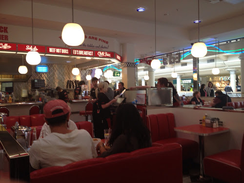 Review Ed's Easy Diner, Metro Centre, Gateshead