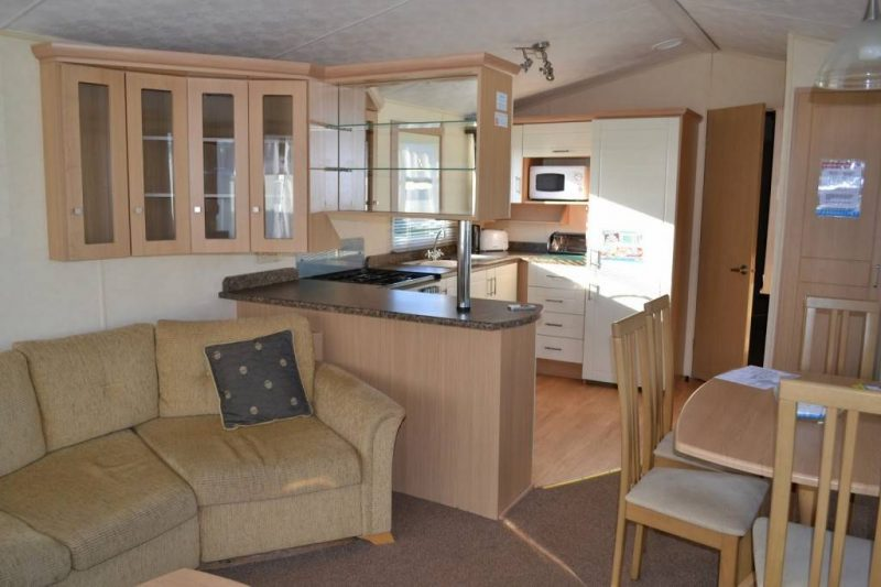 Park-Resorts-Eyemouth-caravan-inside