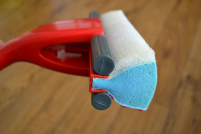 Vileda magic mop side of blue sponge