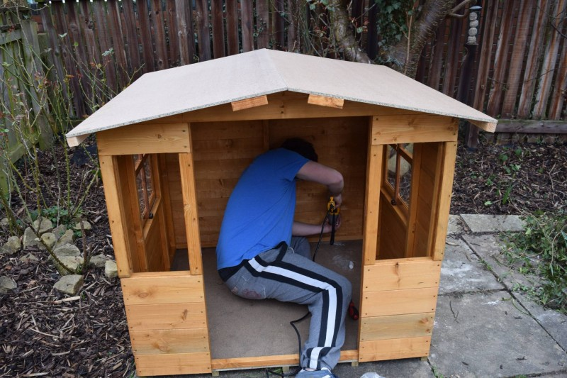 BillyO-Mad-Dash-300-Bunny-Wooden-Play-house