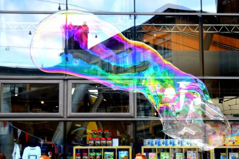 Maker-Faire-huge-bubble