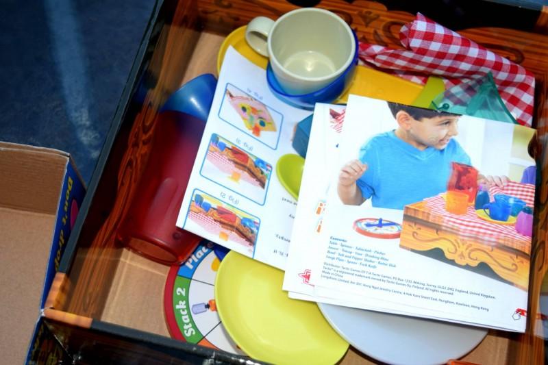 Crazy-Cafe-contents