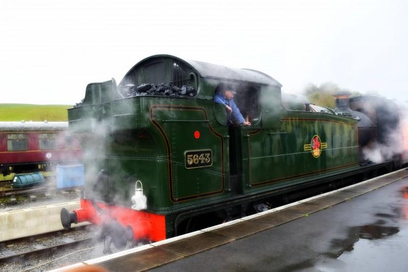 Embsay-Bolton-Abbey-Steam-Railway-steam