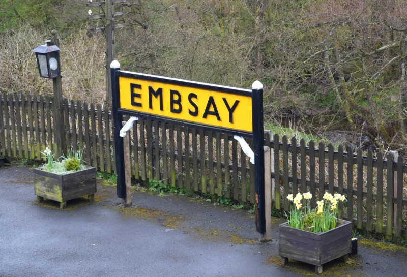 Embsay-sign