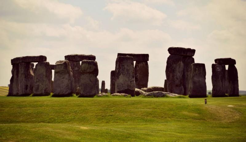 Stonehenge-the-stones