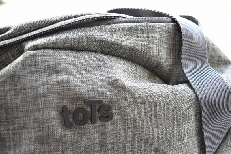 toTs-smarTrike-Voyage-Melange-change-bag-badge