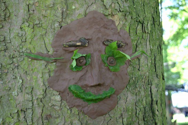 Geronimo-Festival-tree-face
