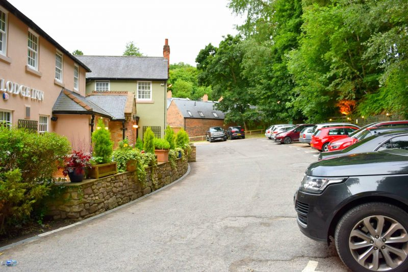 Kingslodge-Inn-Durham-carpark