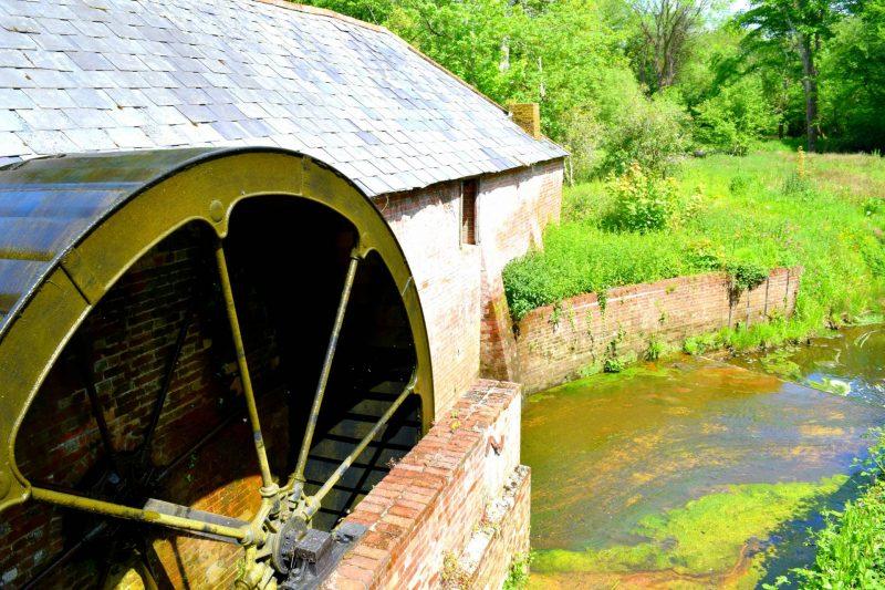 Paultons-Park-watermill