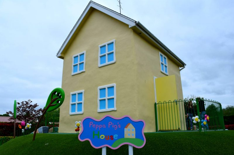 Peppa-Pig-World-house