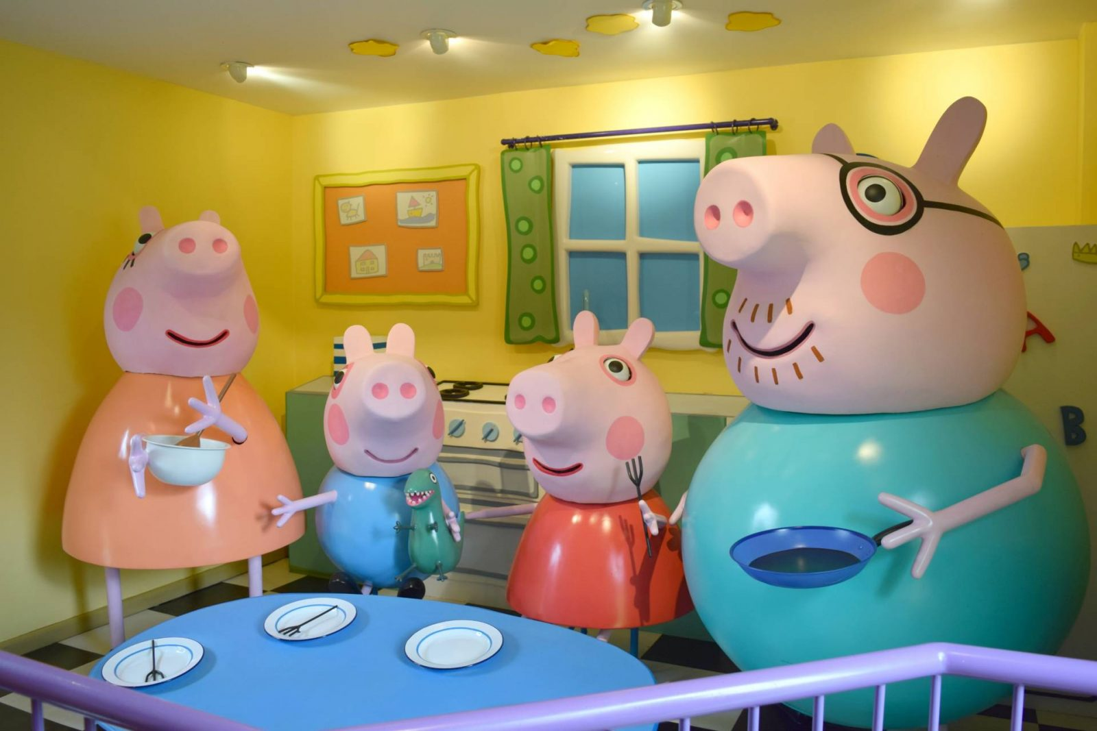 Peppa Pig House Inside Rock And Roll Pussycat