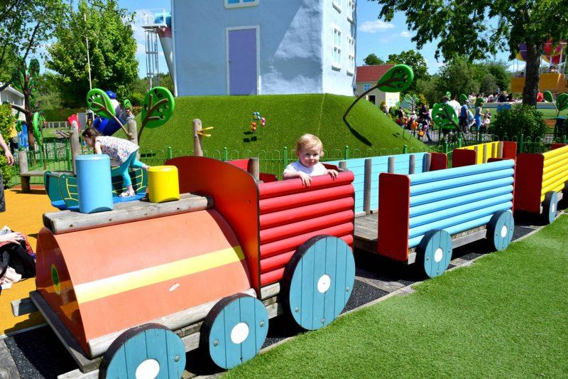 Peppa-Pig-world-train