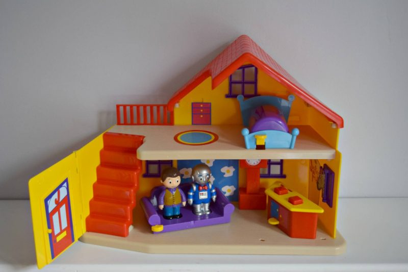 justins-house-playset-unboxed