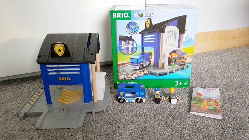 Brio-police-station