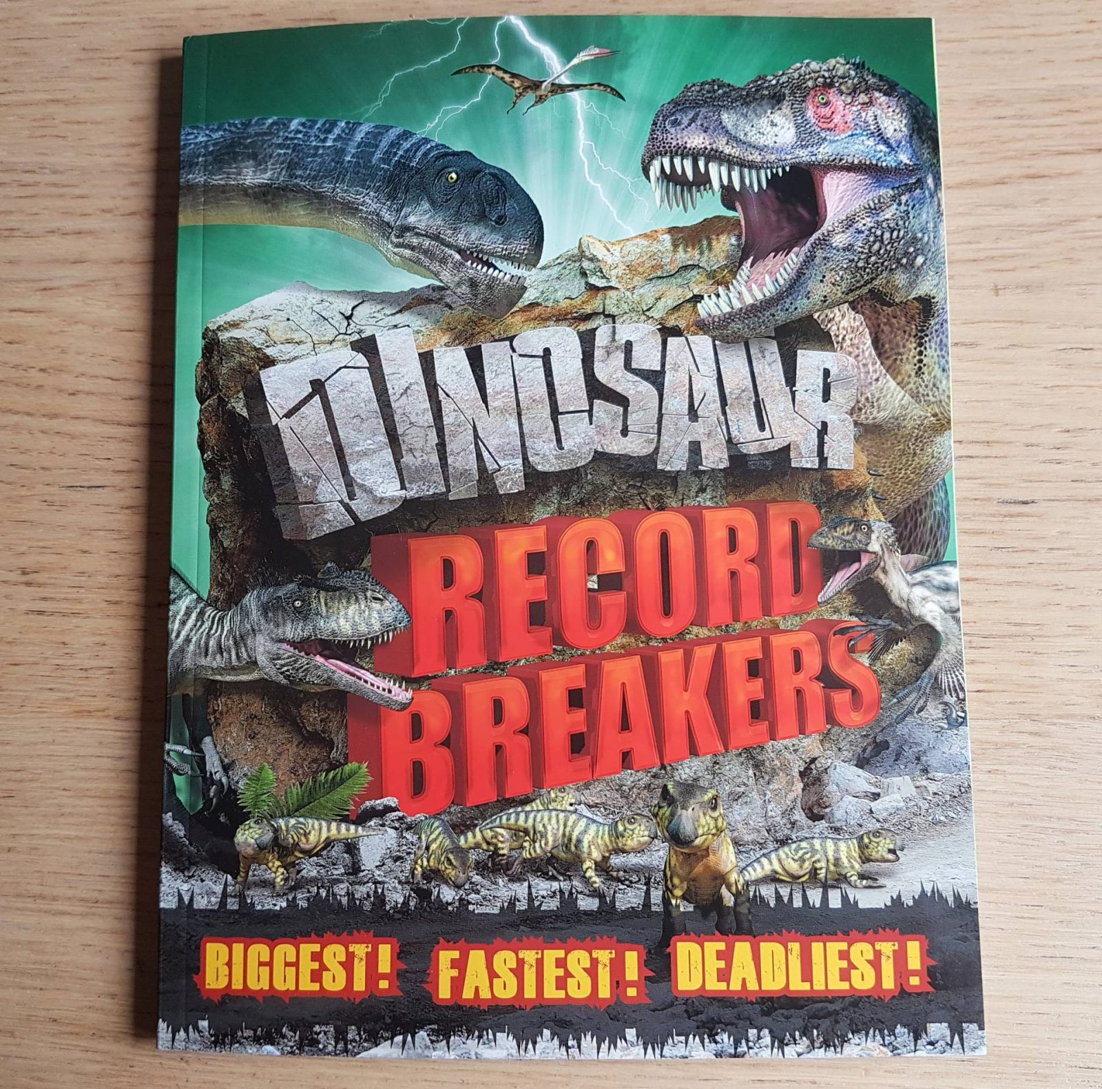 Dinosaur Record Breakers from Carlton Books – review and giveaway