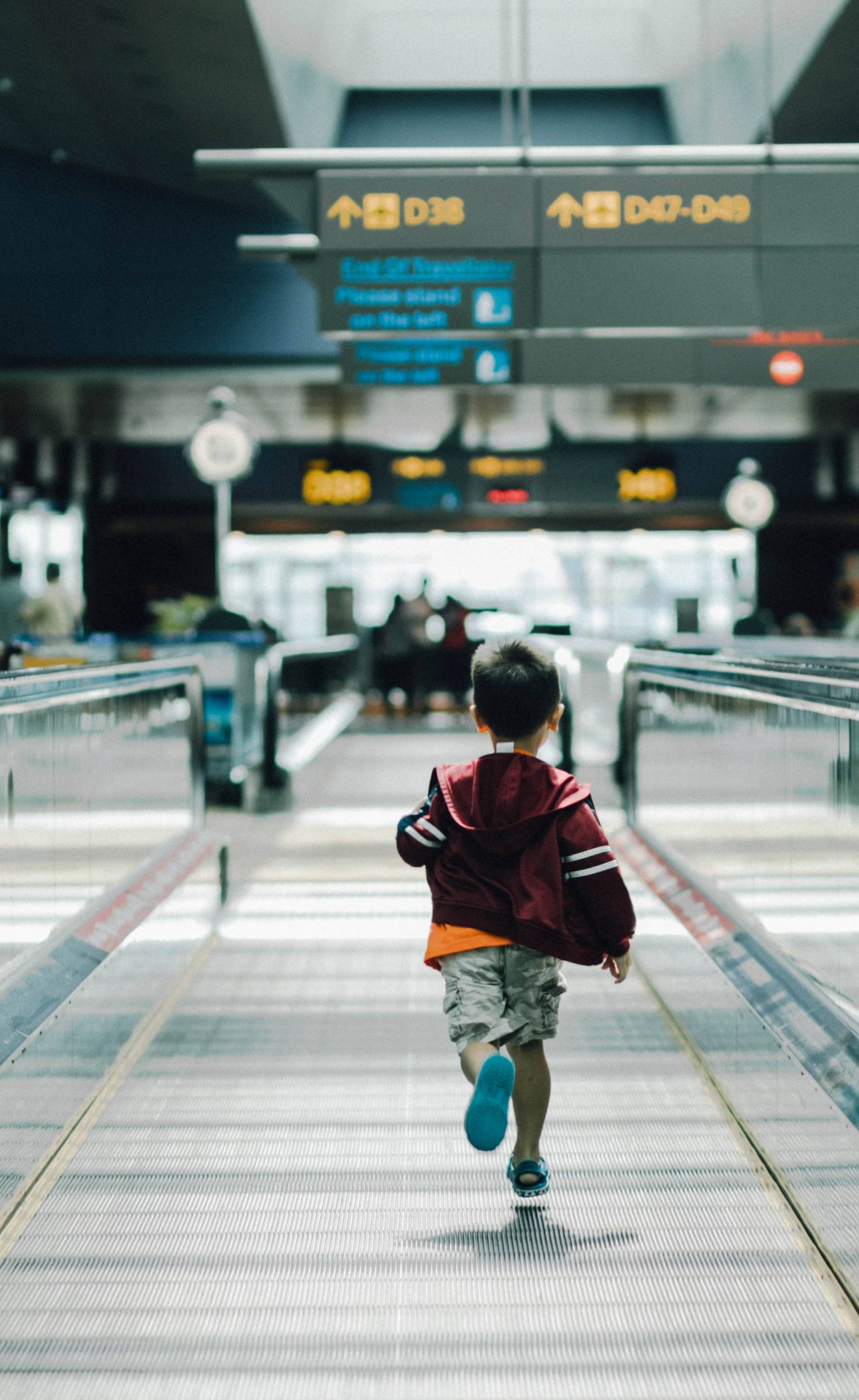 How to Master Long-Haul Travel with Children